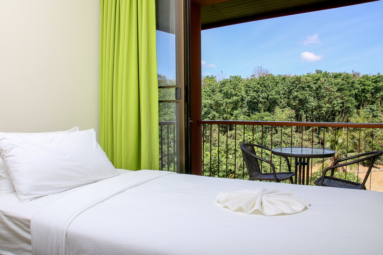 Standard rooms in new hotels offer views of surrounding valleys and our farmland.